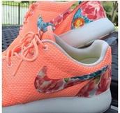 shoes,nike running shoes,nike air,nike free run,roshes,roshe runs,nike roshe run floral,nike roshe run,female,girls sneakers,trainers,style,sneakers nike air max neon pink,sneakers,kicks,fashion