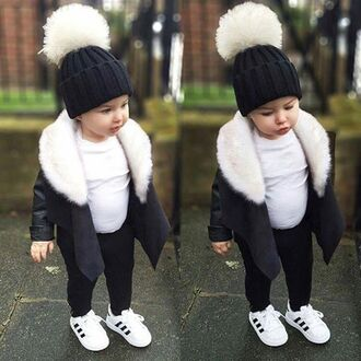 sweater outfit outfit idea baby baby clothing kids fashion kids with swag kids shoes kids sweater kids children children kids fur adidas adidas shoes adidas superstars pom pom beanie