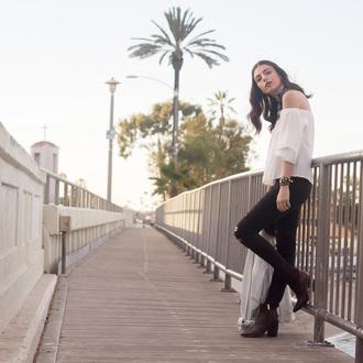 kris chérie blogger off the shoulder top