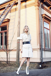 5 inch and up,blogger,jacket,skirt,shirt,dress,belt,shoes,jewels,white dress