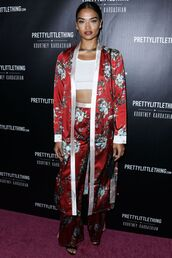 coat,pants,kimono,pajamas,shanina shaik,model off-duty