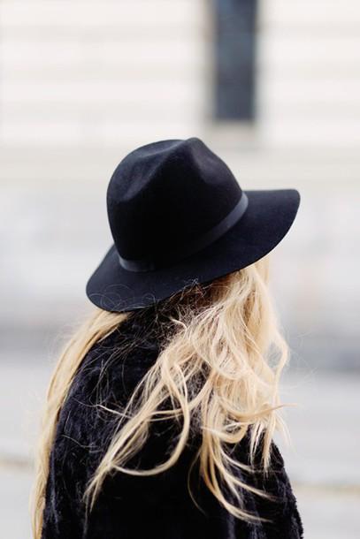 hat chapeau noir