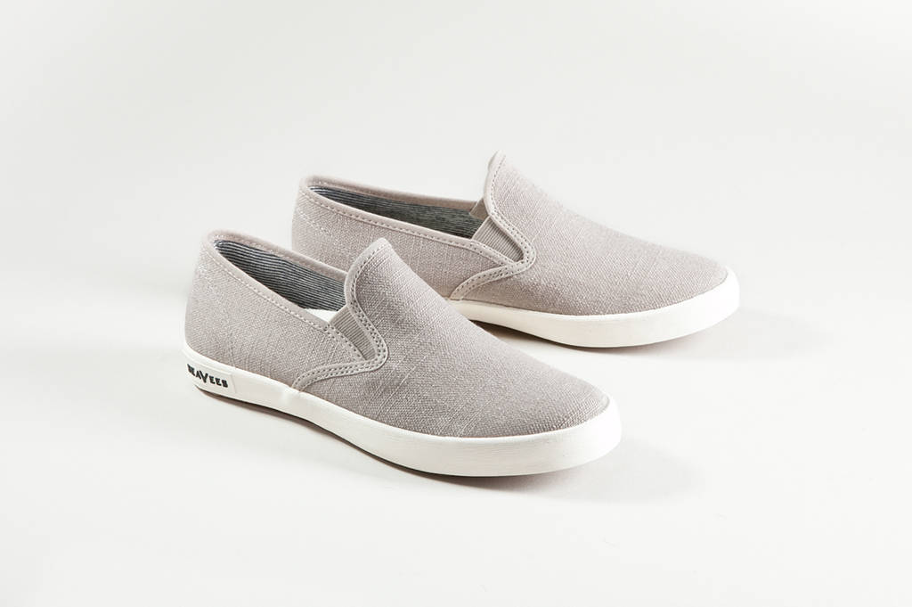 02/64. baja slip on. linen - SeaVees - Authentic California