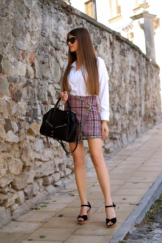 only my fashion style blogger bag shirt skirt shoes white shirt handbag mini skirt wedge sandals spring outfits