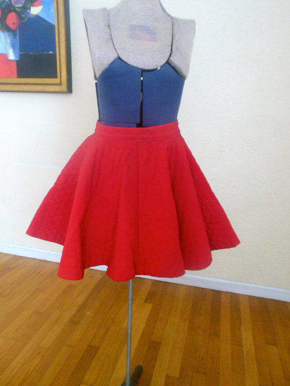 Candy apple red skirt . vintage by skinsvintagefashion on etsy