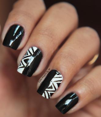 nail polish nail accessories nails cheetah print unhas nails estilopropriobysir starbucks glue on nails coffee logo nail art