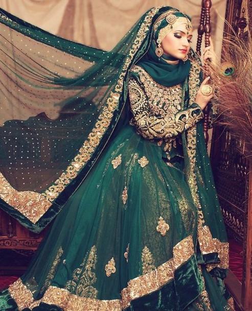 dress gold.emerald green.asian..beautiful.wediing