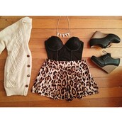shirt,black,white,brown,blouse,short,heels,leopard print,platform shoes,necklace,tank top,sweater,shoes,bag,shorts,jacket,jewels