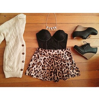 shirt black white brown blouse short heels leopard print platform shoes necklace tank top sweater shoes bag shorts jacket jewels