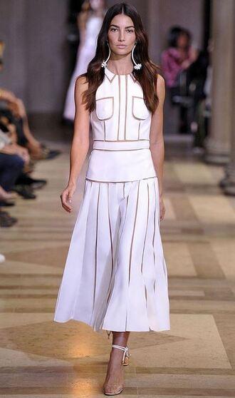 dress white dress white lily aldridge model runway fashion week midi midi dress