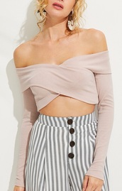 blouse,girly,girl,girly wishlist,nude,crop tops,cropped,crop,long sleeves,off the shoulder,off the shoulder top,bardot,bandeau,bandeau top
