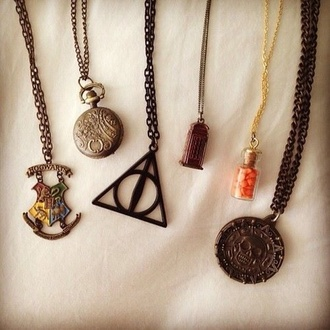 jewels necklace harry potter pirates of the caribbean doctor who hogwarts crest hogwarts