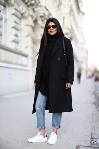fashion landscape blogger black coat ripped jeans stan smith jeans coat sweater shoes sunglasses