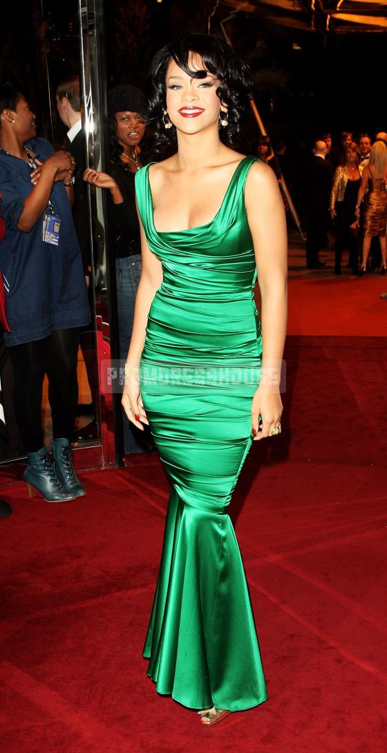 Floor Length Trumpet Ruching Satin Green Square Neck Gorgeous Celebrity Dress - Promdresshouse.com