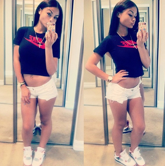 t-shirt india westbrooks nike black crop top white shorts sneakers trainers cross necklace iphone phone cover shoes blouse nike crop top india westbrooks shirt tumblr instagram red and balck red crop tops brand celebrity black crop top swoosh