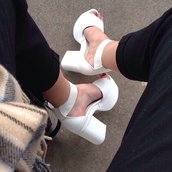 shoes,white high heels,white,high heels,platform shoes,heel,pumps,white platforms,jeffrey campbell,white shoes,white heels,chunky,heels,formal,retro,fashion,modern,hipster,blanco,precious