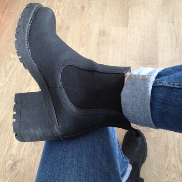 shoes black boots ankle boots grunge hipster chelsea boots