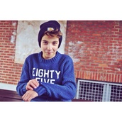 sweater,boy,blue,white letters,love more,pullover,laine,bleu,pull,vintage,gril,beanie,carhartt