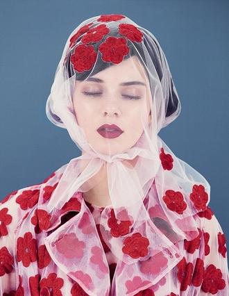 sheer floral red dress coat make-up kendall jenner