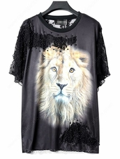 top,black t-shirt,lion printed sweatershirt,pearl beads,lace t-shirts,short sleeve shirt,handpicklook.com,lion