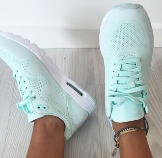 shoes nike running shoes nike mint mint green shoes women blue sneakers fitness nike shoes mint green nike shoes nike air nike shoes womens roshe runs nike free run pastel sneakers mints nike
