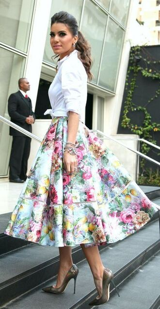 skirt white shirt white midi skirt grey stilettos blogger