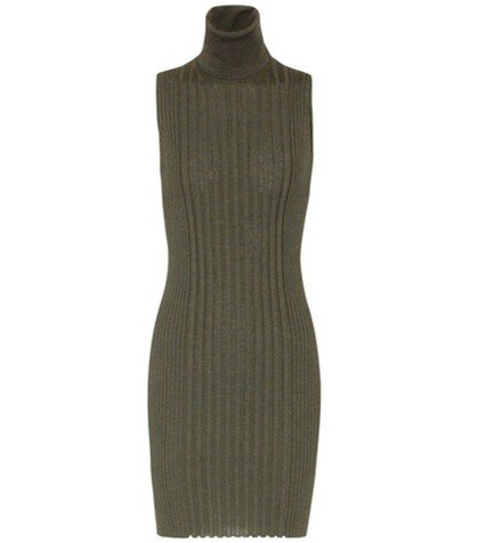 dress sleeveless wool green