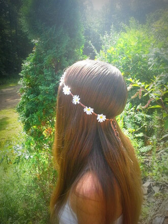 hair accessory daisy daisy head crown daisy headband dasies flower crown flower headband flower headpiece flower hairband floral headband floral hippie boho bohemian hipster grunge gypsy edm rave hair coachella lovely festival music festival stagecoach