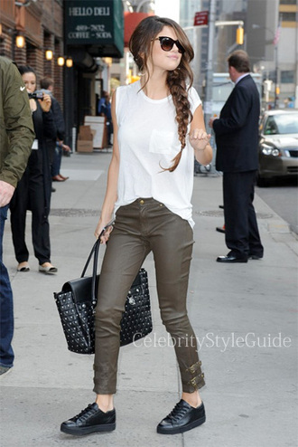 jeans leather pants dark green selena gomez shirt white t-shirt short sleeved shirt bag black studded bag black and silver