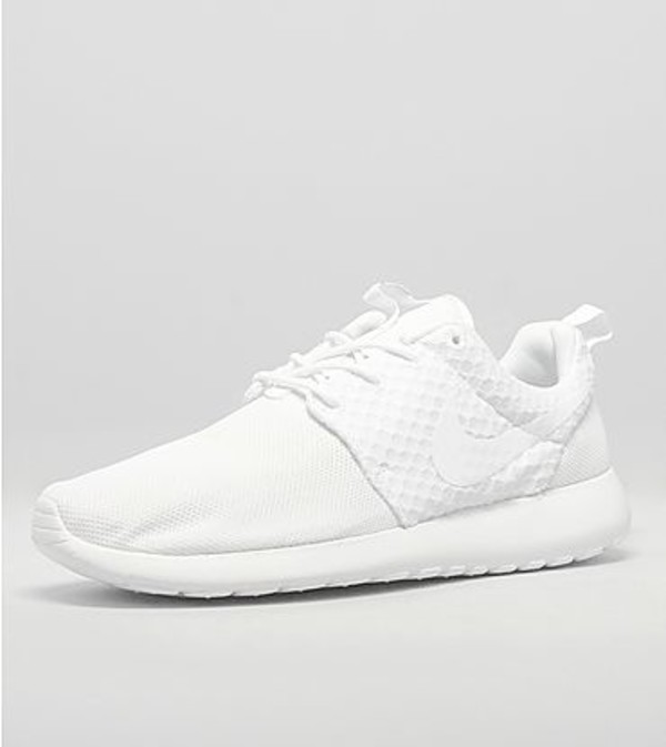 shoes white all white everything all white everything nike roshe runs roshes nike roshe run