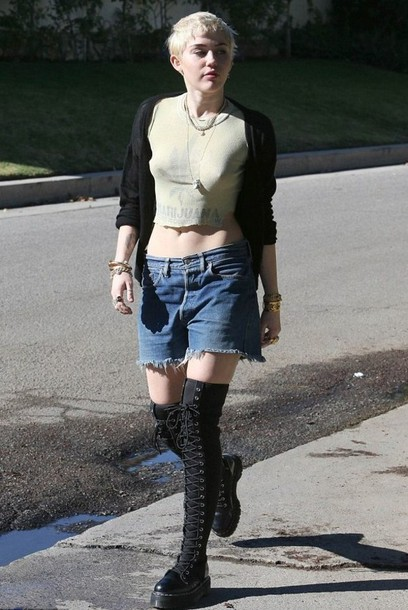 miley cyrus cut off shorts shorts denim shorts levi's shoes