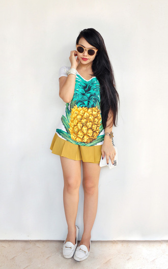 t-shirt shorts forever young skirt moccasins cuff bracelet pineapple print