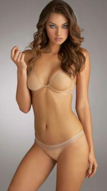 nude bra models