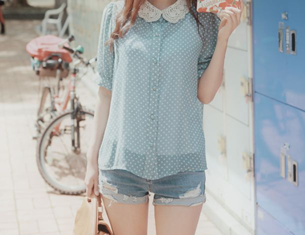 shirt blue blue shirt polka dots peter pan collar cute top collar shorts jeans kfashion asian tank top white sticky points blue and white t-shirt stitches pointy blouse
