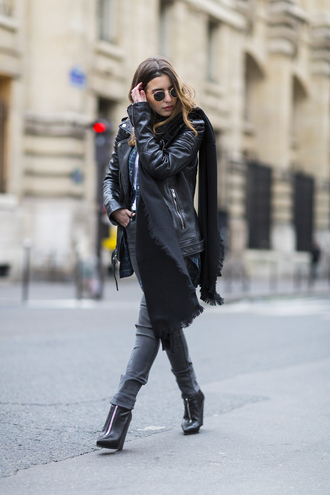 scarf leather jacket black scarf grey jeans heel boots blogger round sunglasses