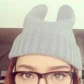 hat,grey,grey beanie,beanie,ear beanie,ear hat