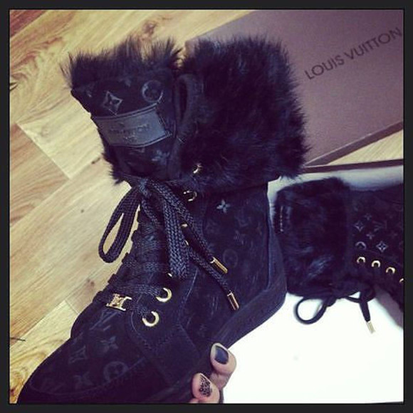 black black boots shoes lv boots very nice real fur fur boots prada louis vuitton shoes winter sneakers must have