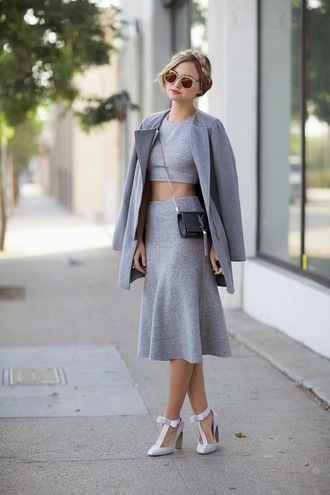 top blogger hairstyles bag jewels late afternoon sunglasses grey grey coat bows
