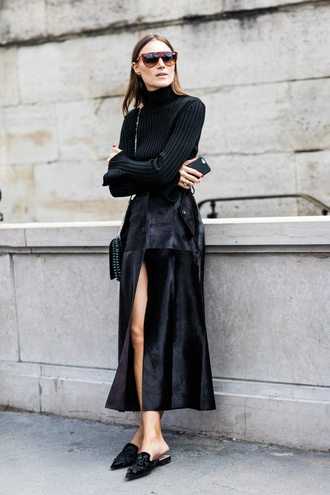 skirt tumblr black skirt slit skirt maxi skirt all black everything black top top long sleeves turtleneck knitted top bag slippers black shoes streetstyle sunglasses black turtleneck top le fashion blogger sweater shoes black turleneck top black pleated skirt black mules breakfastwithaudrey