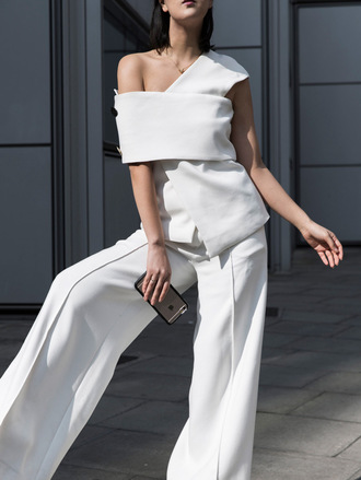 park and cube blogger jewels bag white pants white top asymmetrical wide-leg pants