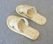 shoes,wicker sandals,sandals,slippers,water hyacinth sandals,spa slippers