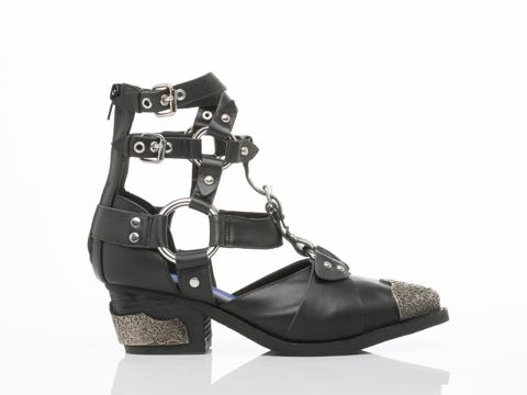 Jeffrey campbell temeku in black at solestruck.com