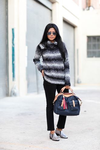 jeans blogger knitted sweater walk in wonderland leather bag