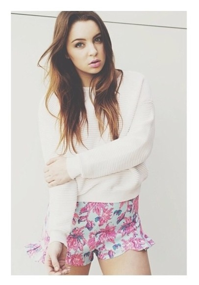 alexa white shorts shirt alexa losey cute floral vintage sweater blossom pants swimwear