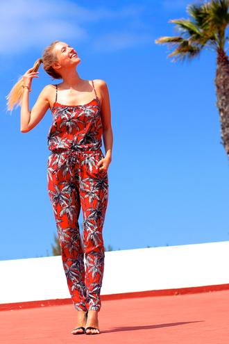 ohh couture jumpsuit shoes sunglasses