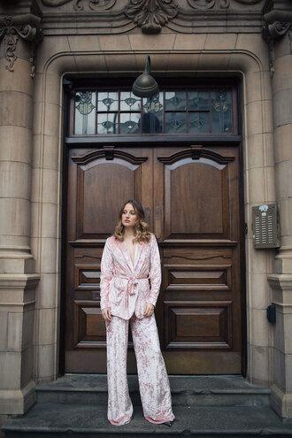 at fashion forte blogger jacket pants jewels