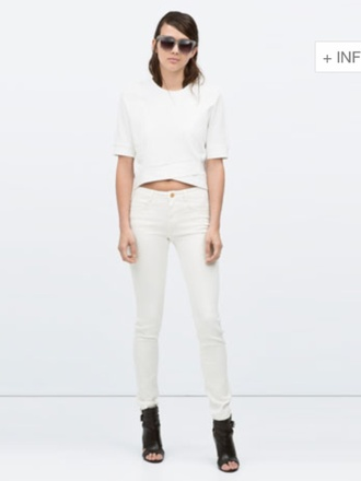 jeans white jeans cream jeans crop tops cropped white top summer outfits sunglasses zara