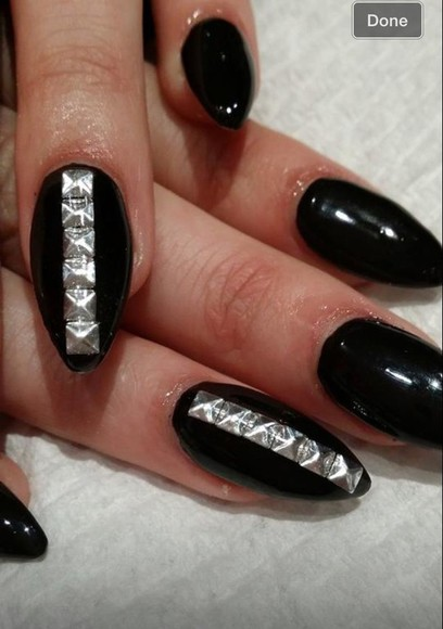 studs nail polish black nails