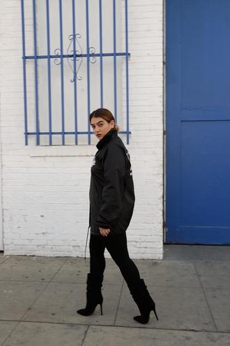 nadia aboulhosn curvy blogger jacket shoes leggings