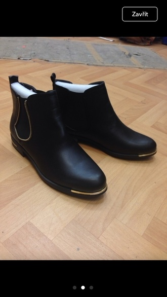 shoes boots black boots gold ankle boots zip fashion black fall outfits chelsea boots